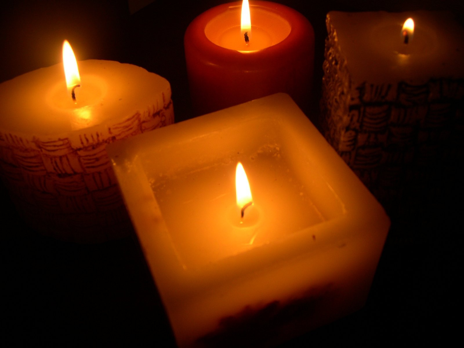 Candles and calming holiday stress